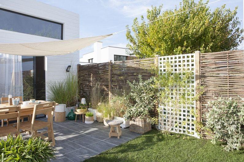 Une Palissade Avec Un Effet Graphique Leroy Merlin Jardins Mur Exterieur Claustra Exterieur