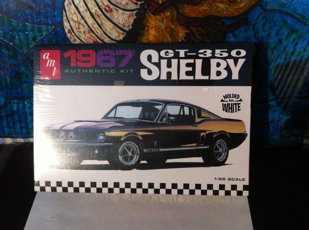 Amt 1967 Shelby Gt350 Car White Plastic Model Car Kit 1 25 Scale