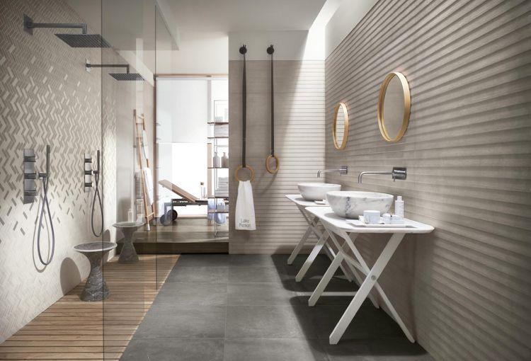 Badezimmer In Greige Gestalten Mit Walk In Duschen Badezimmer Innenausstattung Badezimmer Fliesen Badezimmereinrichtung