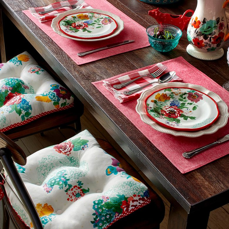 Sneak peek linens hdkitchen pinterest mesa posta recepes in less than a month my line of kitchen and table linens will be coming junglespirit Images