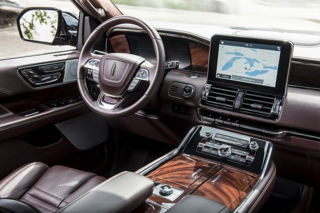 2019 Lincoln Navigator L Destination Theme Black Label