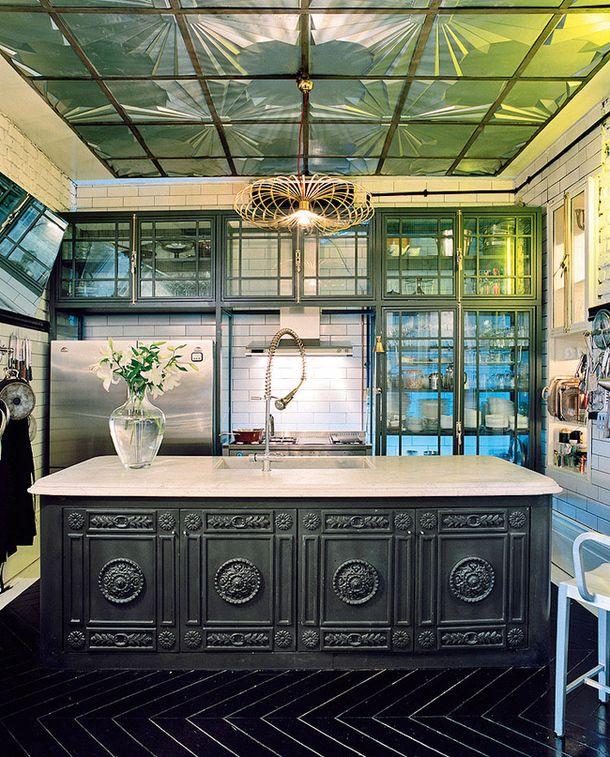 Apartment designer Seyhan Ozdemyr Bureau of Autoban, Istanbul l AD Russia
