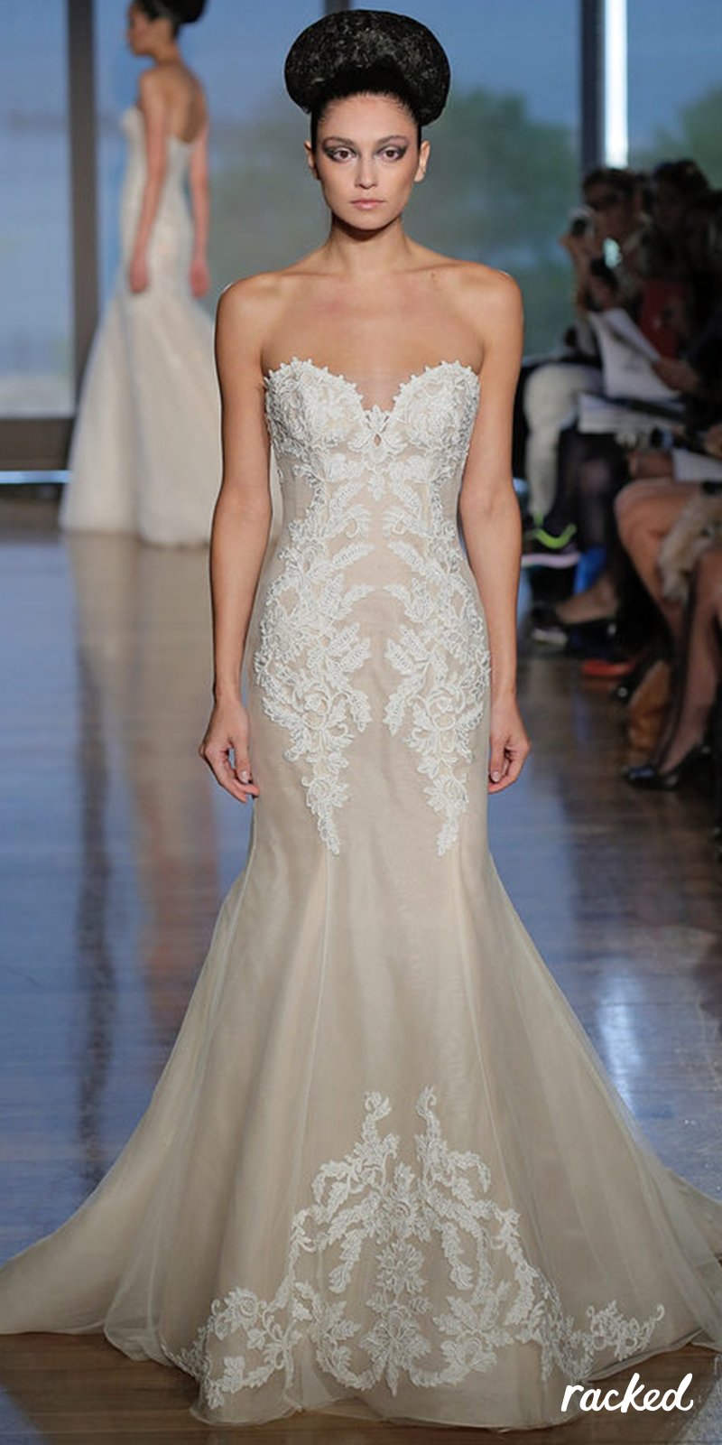 88882d4065627 Wedding Dress Inspiration  Flirty Mermaid-Style Gown With Lace Detail     More Ethereal