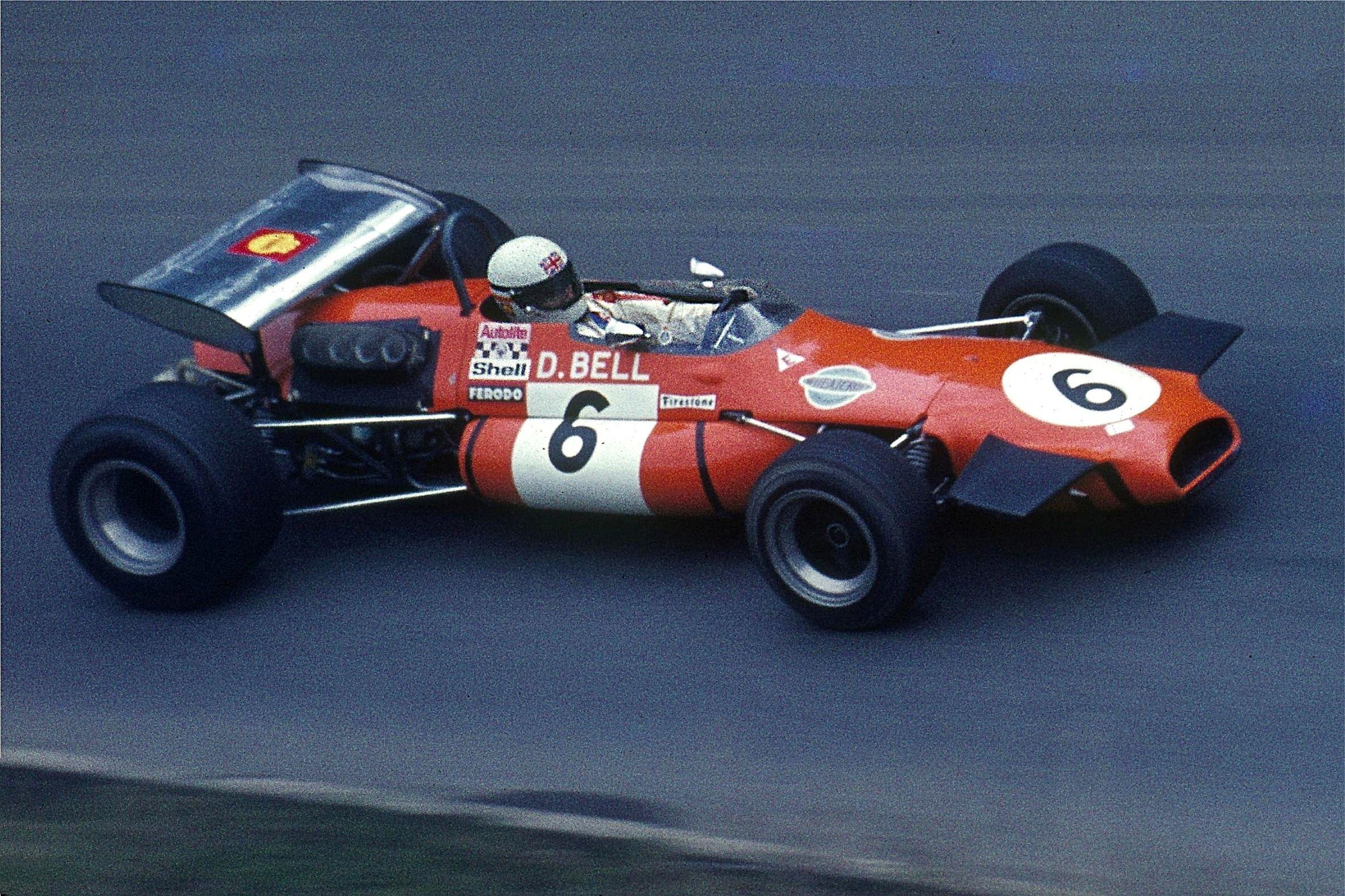 Derek bell racing race cars f1 racing