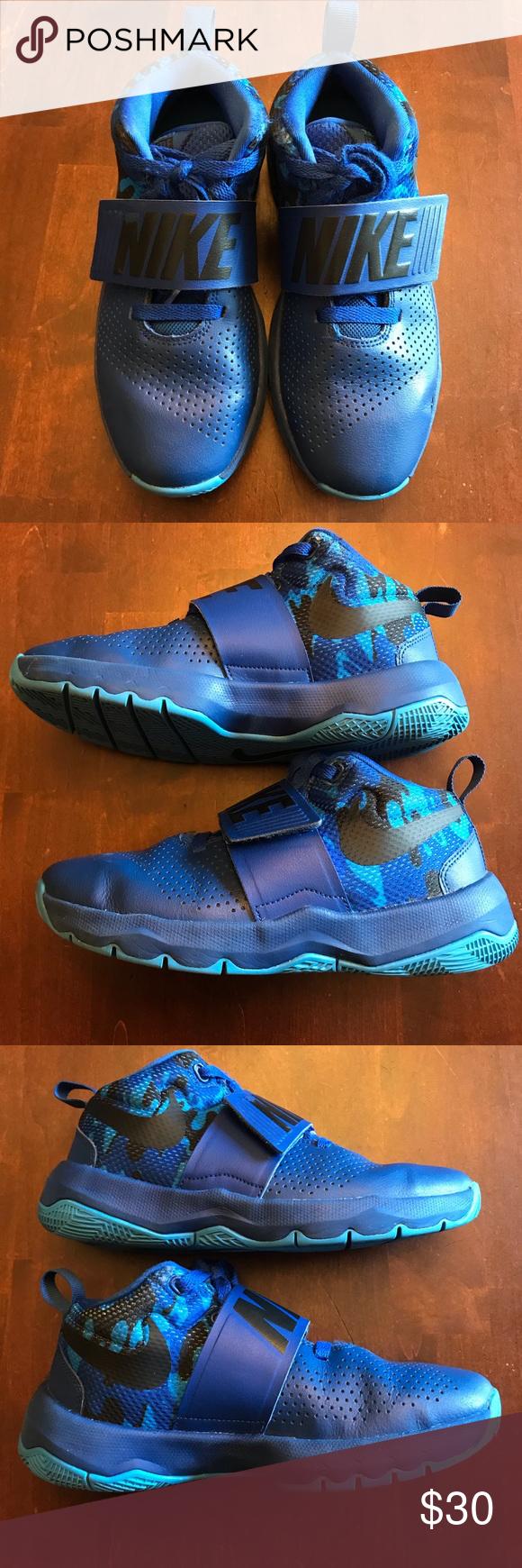 Boys Size 4.5 Blue/Camo Nike Team