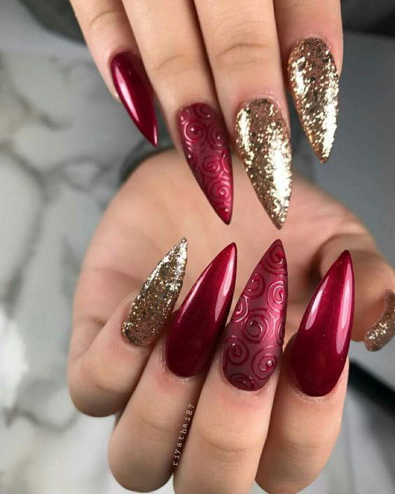 Red And Gold Christmas Nails : christmas, nails, Christmas, Nails;, Holiday, Winter, Glitter, Acrylic, Nails,, Designs,, Nails