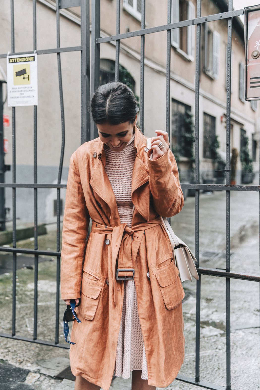 Armani-Trench_Coat-Pink_Dress-Chanel_Slingbacks-Celine_Box_Bag-Outfit-Milan_Fashion_Week-Street_Style-9