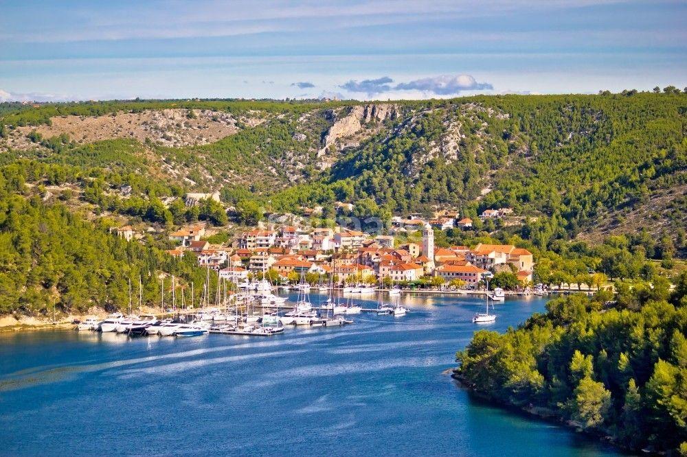 Travel I Vacation I Fun I The Best Beaches I Islandi Hvar I Split I Brac I Korcula I Kornati I National Parks Croatia Beach Croatia Vacation Beautiful Beaches