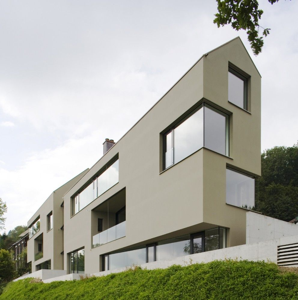 Contemporary house in folded plane shape – house in gorky 6 ...