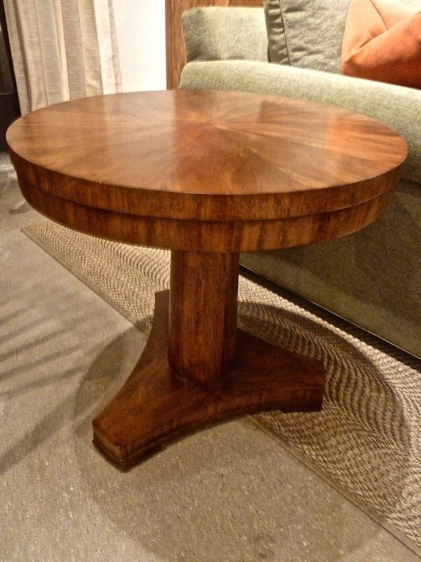 Thomasville Banyon Bay Lamp Table