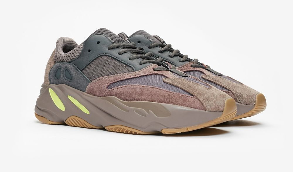 b7d8a234d NEW IN BOX ADIDAS YEEZY BOOST 700 EE9614 MAUVE SIZE 9.5 DS READY TO SHIP  FREE