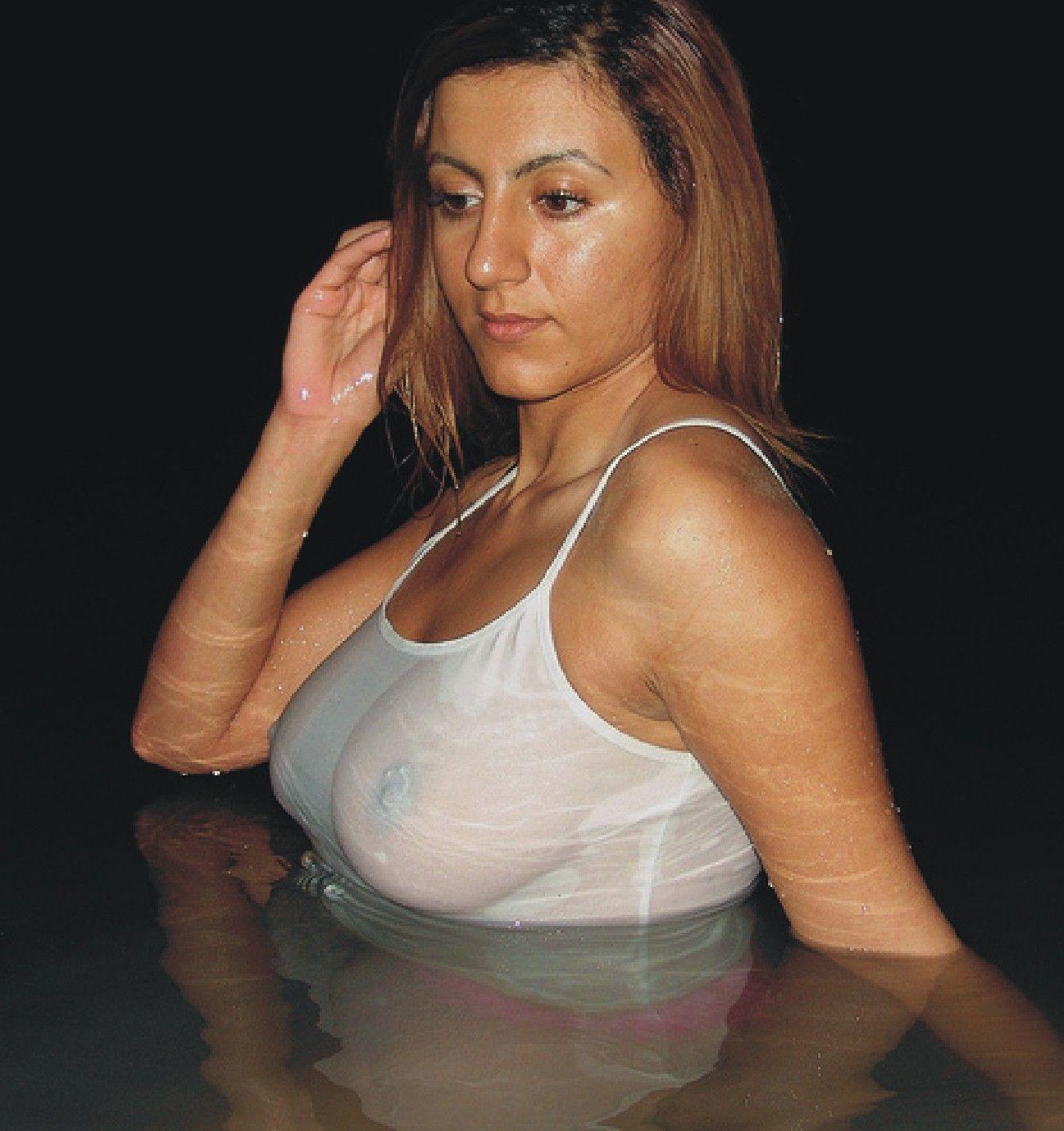 Deena big tit latina