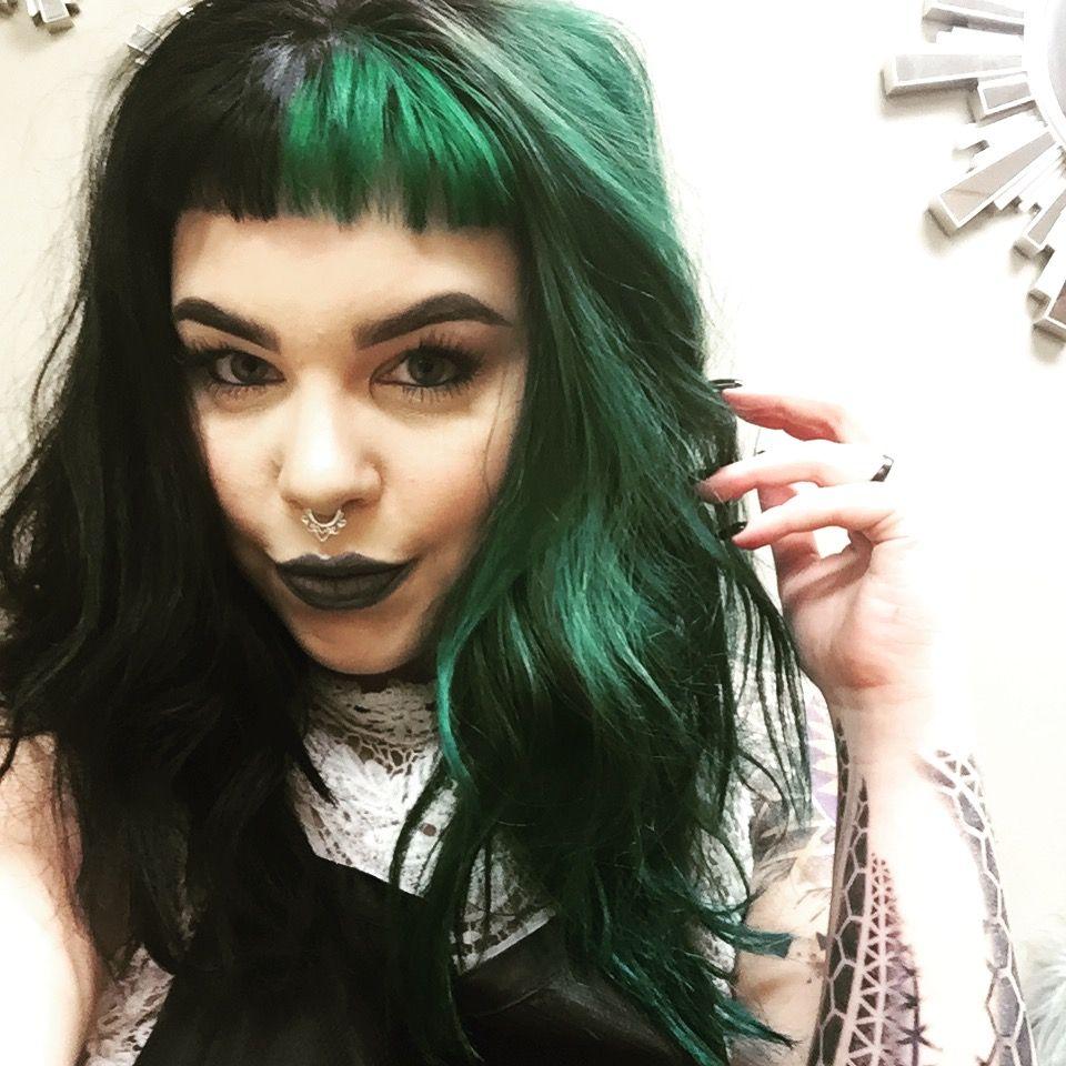 Split Haircolor Black And Emerald Green Grunge Waves Black And Green Hair Edgy Hair Hair Color For Black Hair
