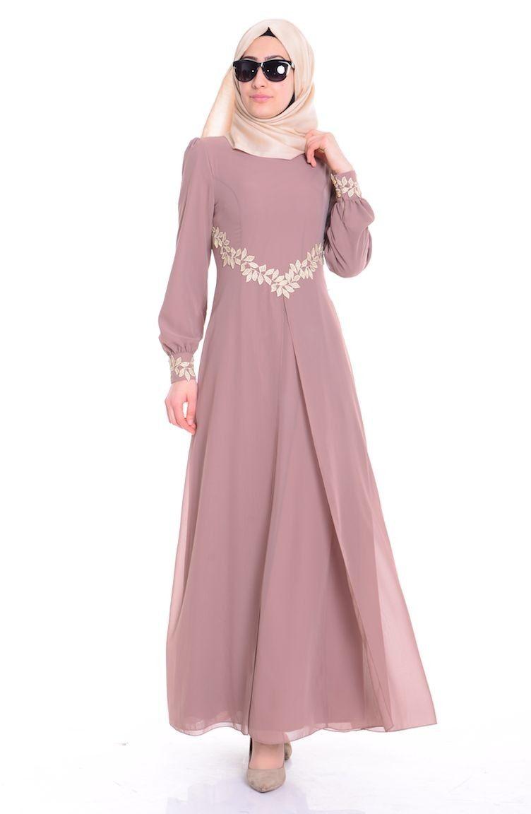 Cicekli Elbiseler Islemeli Elbiseler Ve Birbirinden Farkli Tesettur Elbise Modellerine Bircok Farkli Renk Secenegiyl Elbise Modelleri Elbise Cicekli Elbiseler