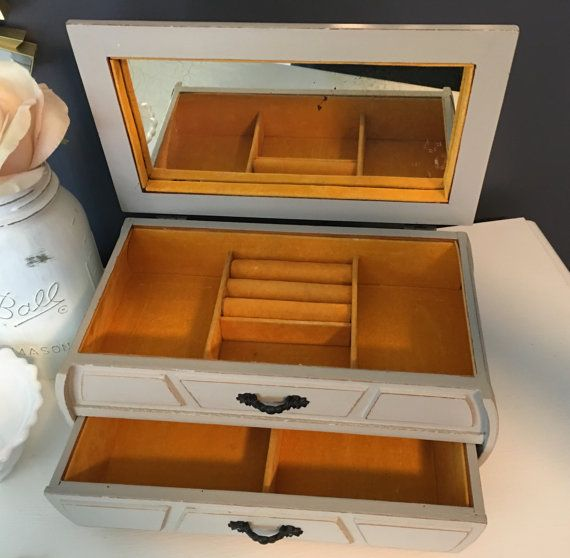 Greige nautical jewelry box vintage by CocoandQuinnVintage Jewelry