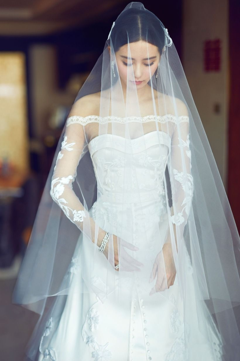 liu shishi , wedding dress | Veils | Pinterest