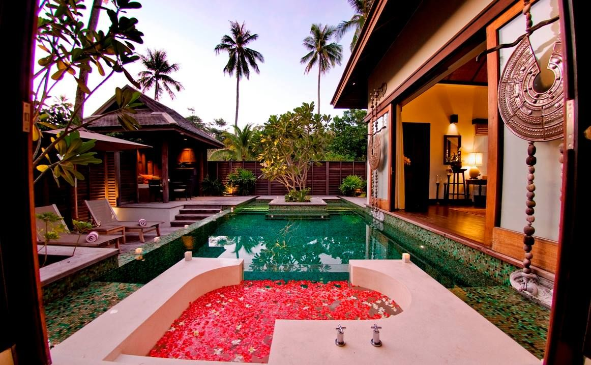 Top honeymoon suite at Anantara Phuket Villas, Thailand. Romantic ...