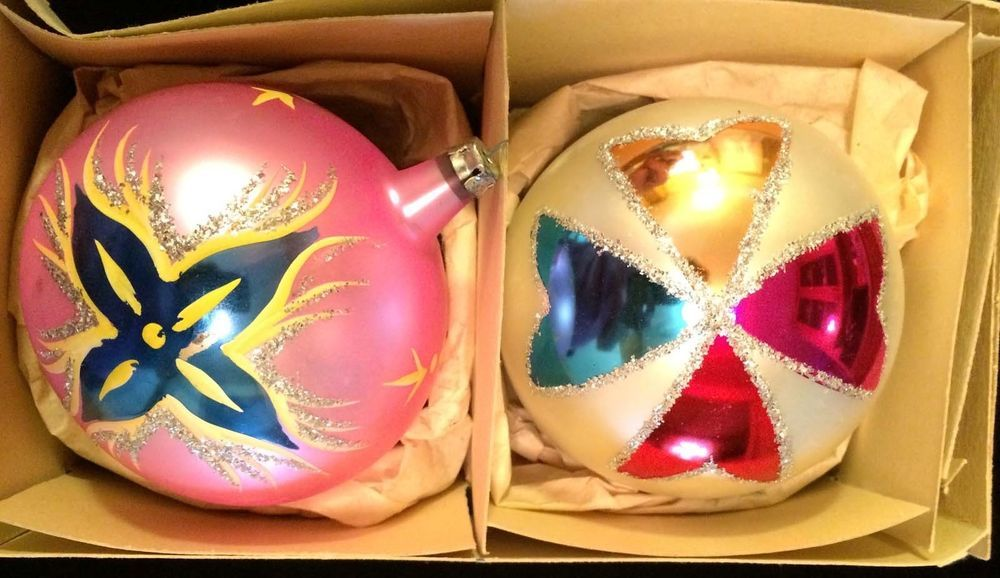 2 VINTAGE SUPER SIZE GLASS BALL CHRISTMAS ORNAMENTS POLAND