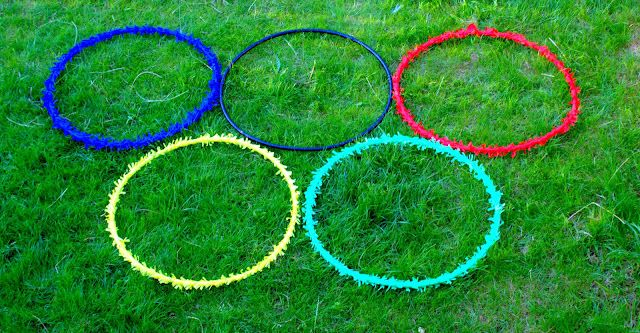 what a great idea! Check out these cute ideas on how to host your own olympic playdate