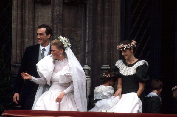 Wedding Of Princess Astrid Of Belgium And Archduke Lorenz Nachrichtenfoto 162122041 Getty Images Royale Hochzeiten Fotos Hochzeit