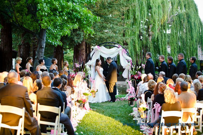 0edbb86cf9100ba243c555712592051c - Freedom Hall And Gardens Wedding Photos