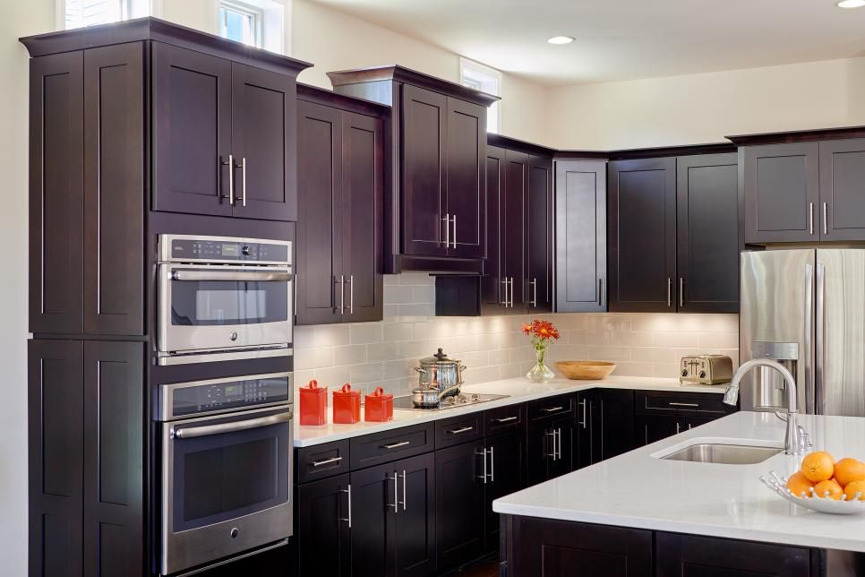 Awesome Kitchen Cabinets with Quartz Countertops