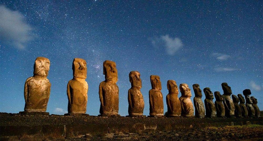 Un nuevo estudio refuta la teoría de que en Rapa Nui (Isla de Pascua) se desató una guerra civil debido a un desastre ambiental.