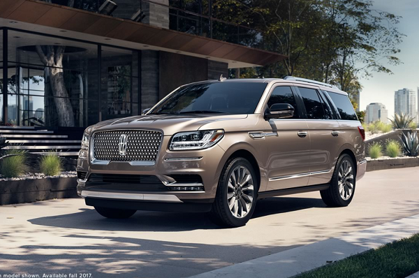 Lincoln Motor Company >> 2018 Lincoln Navigator First Look Review Luxury Suv 2018