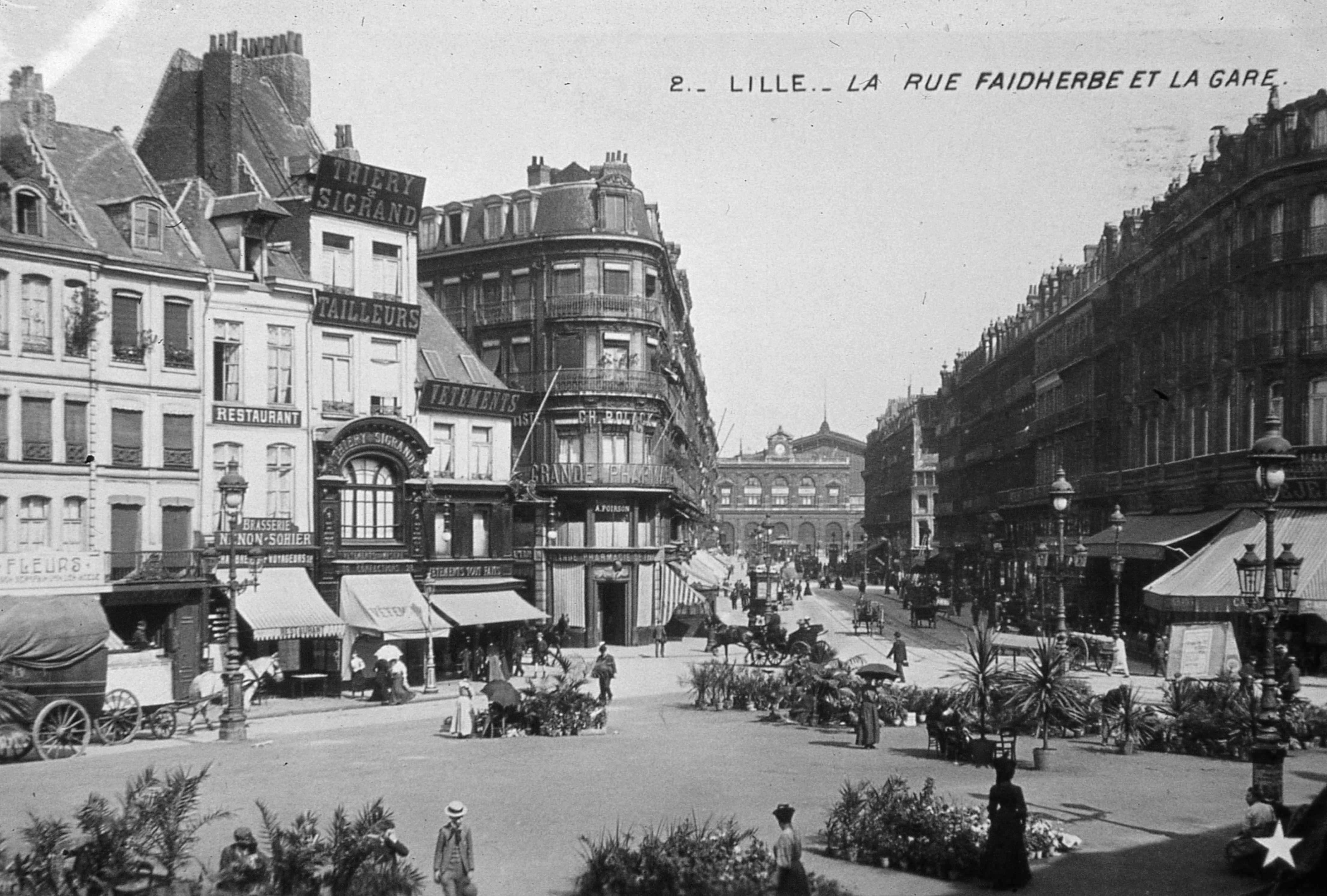 lille rue faidherbe avant 1907 lille france history pinterest lille monuments et ancien. Black Bedroom Furniture Sets. Home Design Ideas
