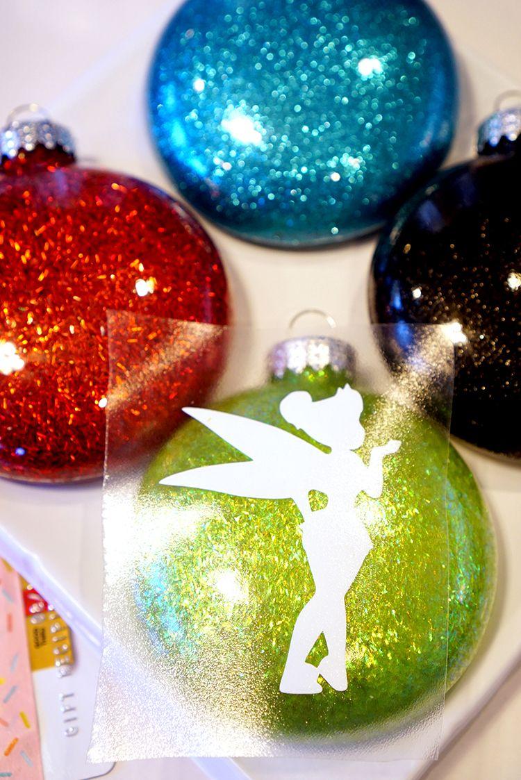 transfer vinyl to glitter christmas ornaments