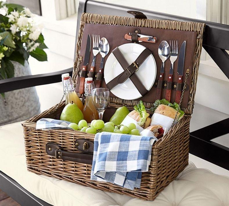 Wedding Gift Picnic Basket   Wedding Ideas   Pinterest   Picnic ...