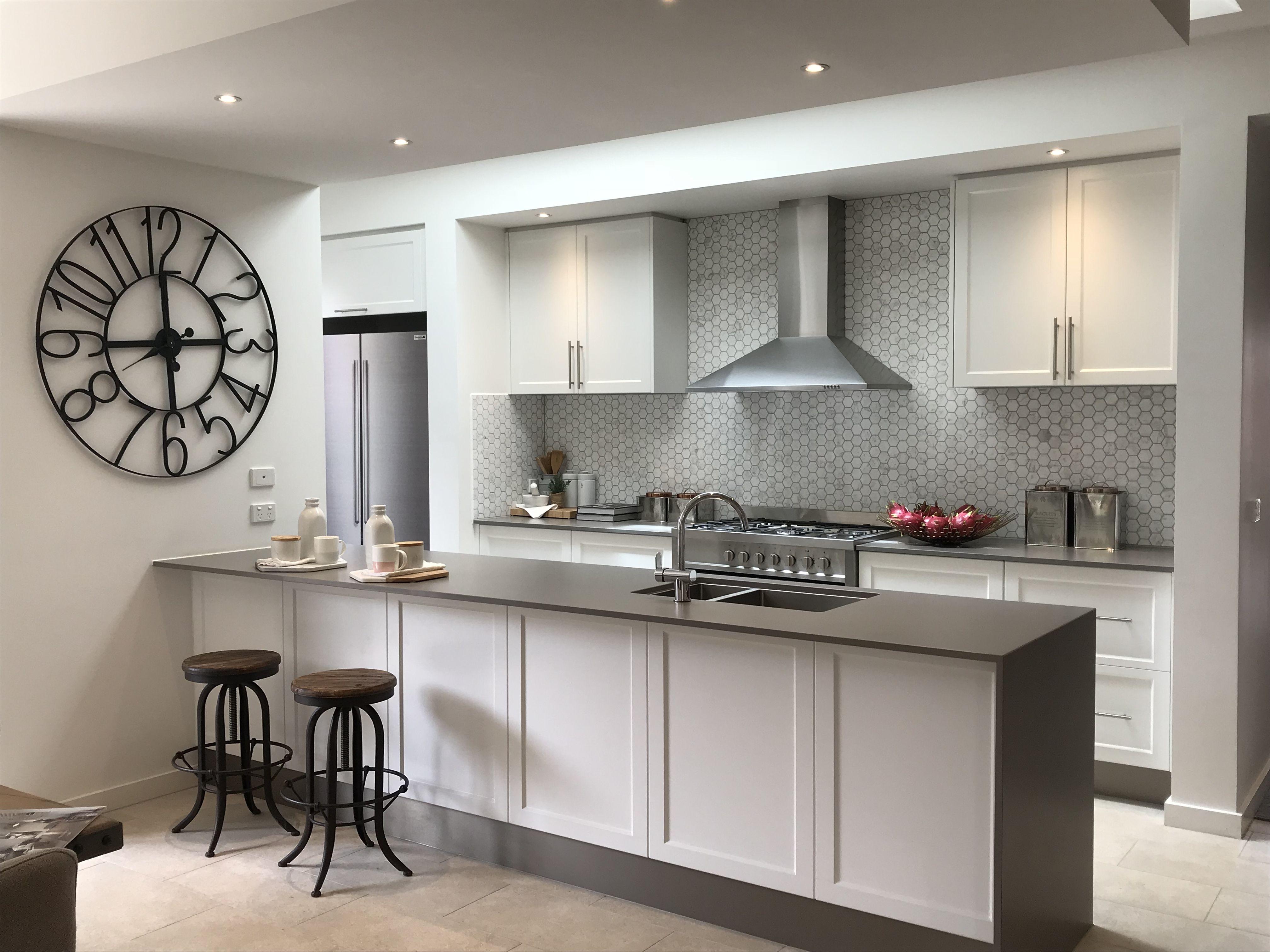 Backsplash Kitchen Design Kitchen Organization Kitchen Cabinets