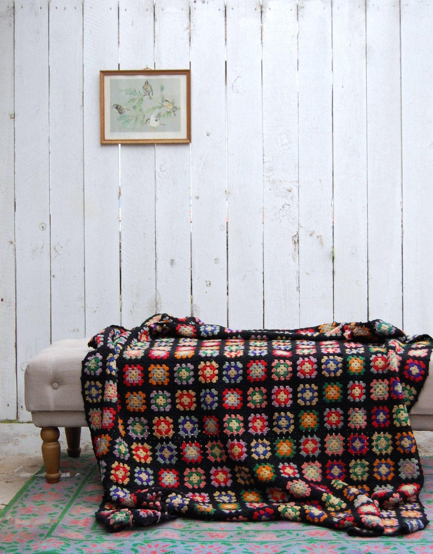 RESERVED Vintage afghan 70s Crochet Quilt - Granny Square - Black ...