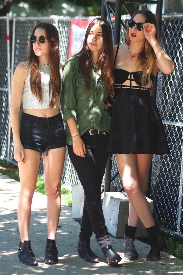 b2514c63555 End-of-Summer Style Inspiration Straight from Lollapalooza s Best-Dressed  Attendees (Celebs Included!) Haim StyleLollapaloozaMusic FestivalsConcerts Festival ...