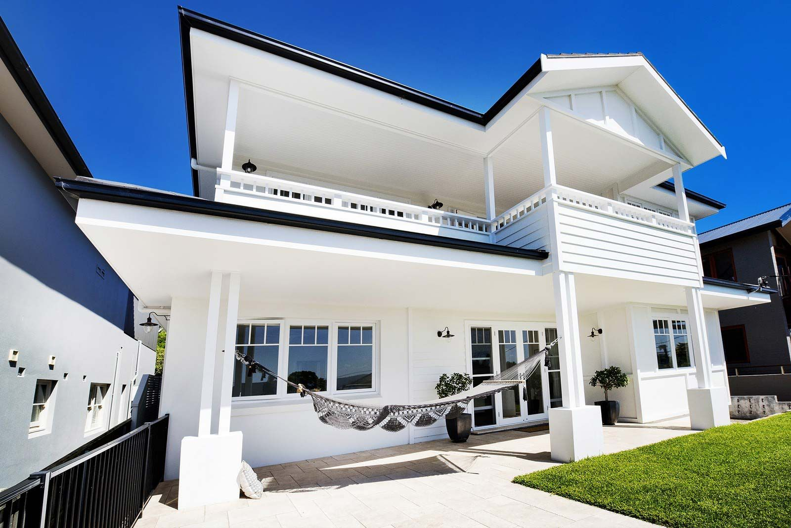 hamptons style homes - Google Search | Hamptons Porch | Pinterest ...