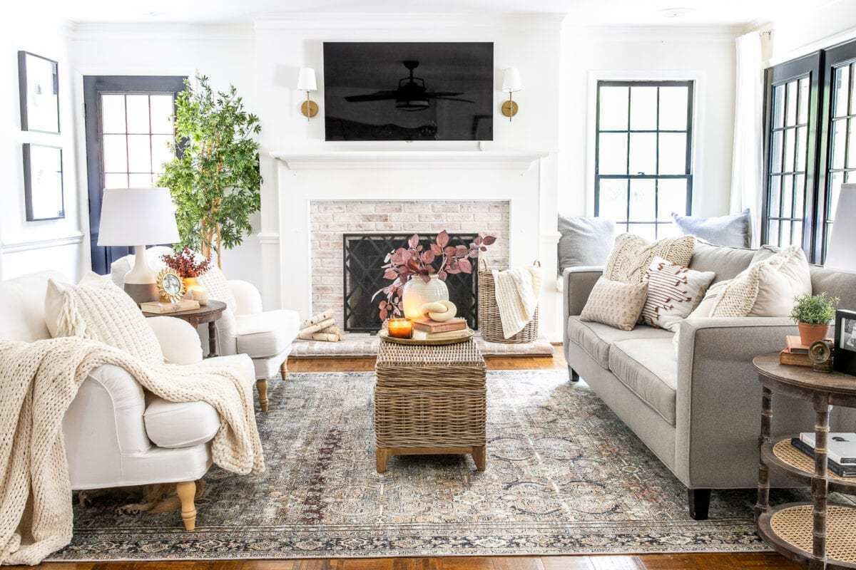 Earthy Fall Living Room My Favorite Budget Fall Decor Capsule Winter Living Room Fall Living Room Small Living Room Layout