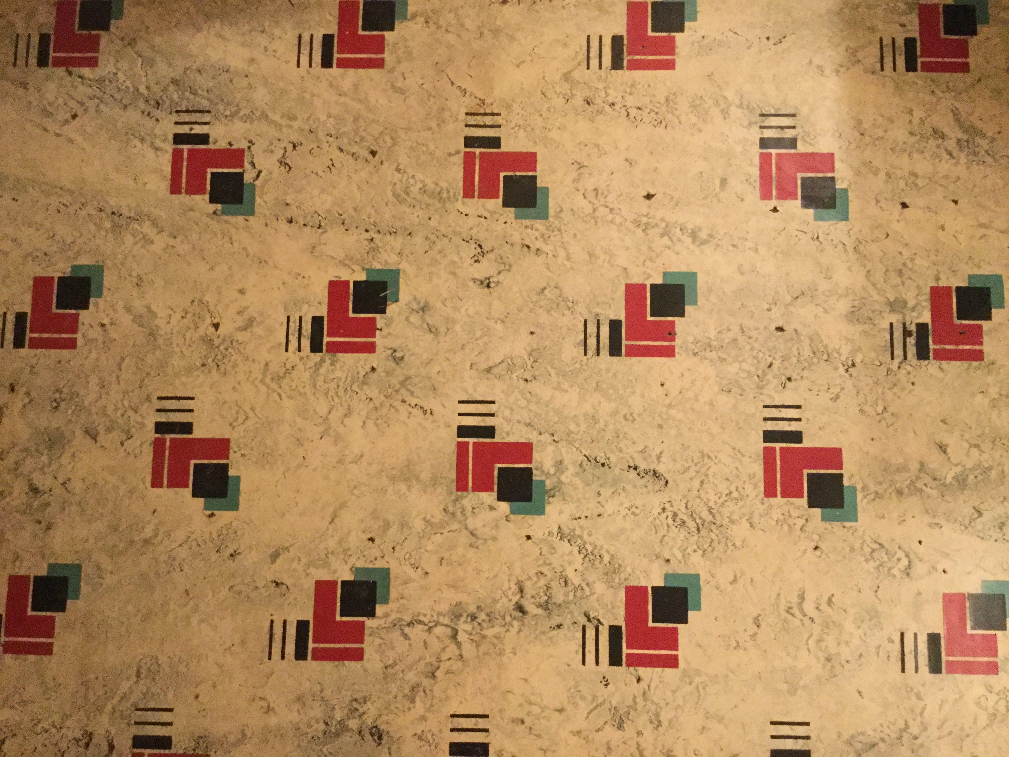 1940 S Vintage Linoleum Found Under The New Kitchen Floor Vintage Appliances Home Improvement Vinyl Flooring