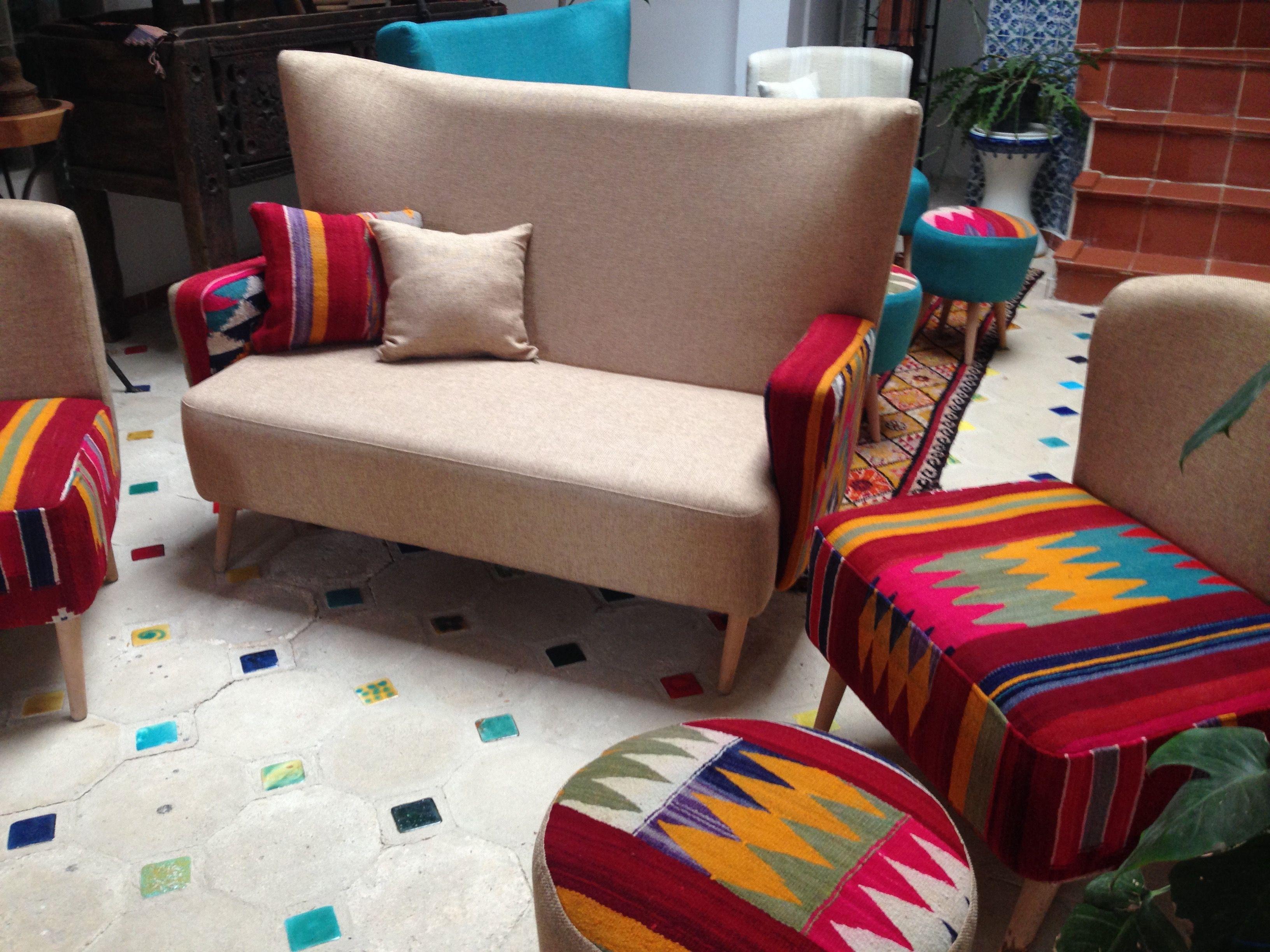 Divan Fauteuils Tabourets By La Dwira Chic Boutique Alger Telemly Hotel Aurassi Artisanat Design Alger Algerie Hassib Furniture Armchair Decor