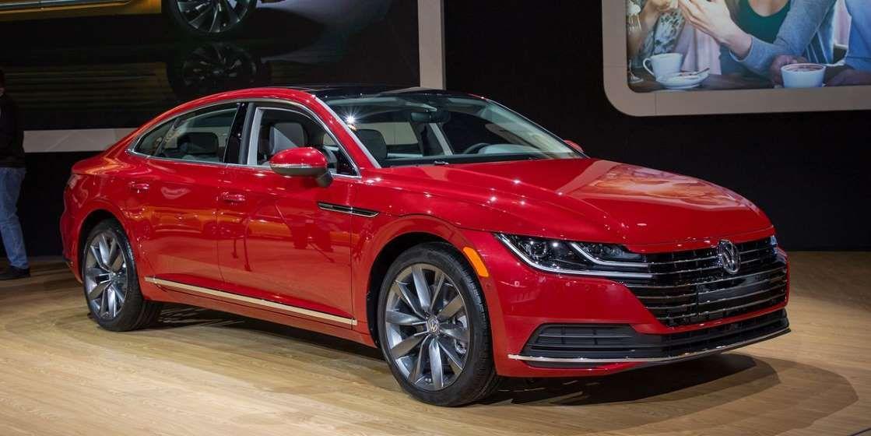 The 2019 Volkswagen Arteon Is Finally Going On Sale In The U S This Summer Volkswagen Mid Size Sedan Hatchback