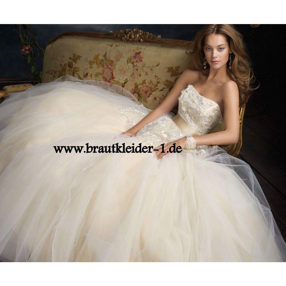 Prinzessin Brautkleid mit Tüll Rock   Wedding & Dreaming   Pinterest ...