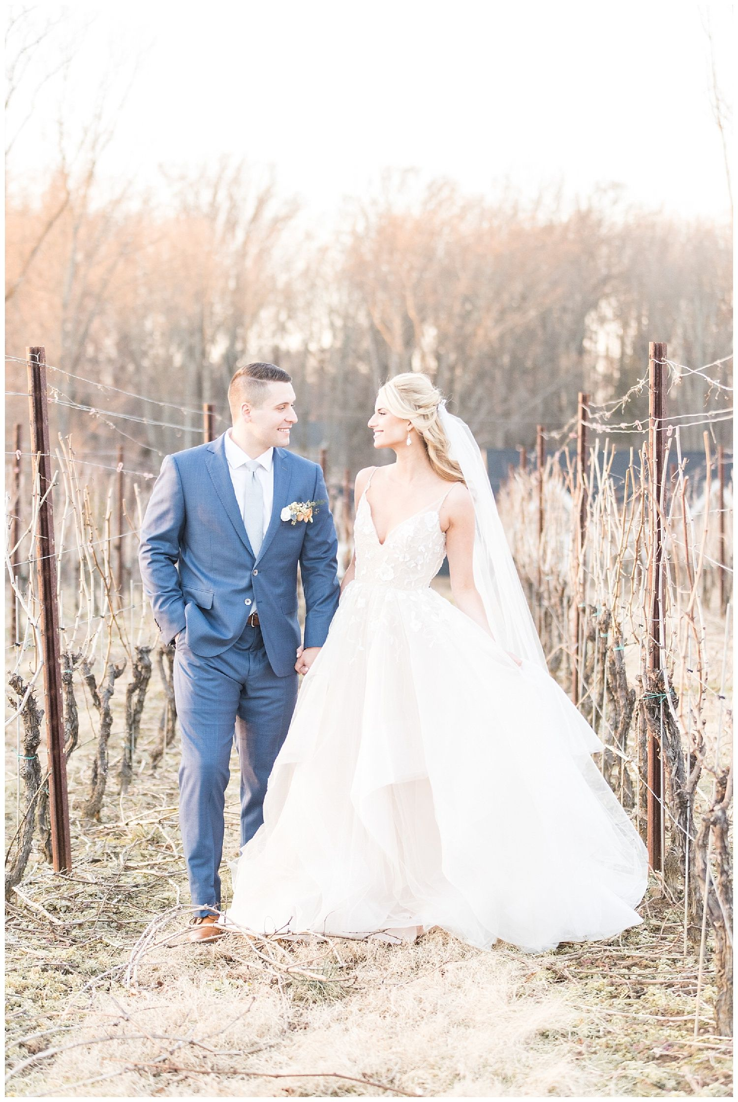 Romantic Styled Elopement At The Inn At Grace Winery Lindsay Eileen Photography Red Oak Weddings A Wedding Lifestyle Blog For Red Oak Weddings A Weddi Wedding Venues Pennsylvania Pennsylvania Wedding Photography