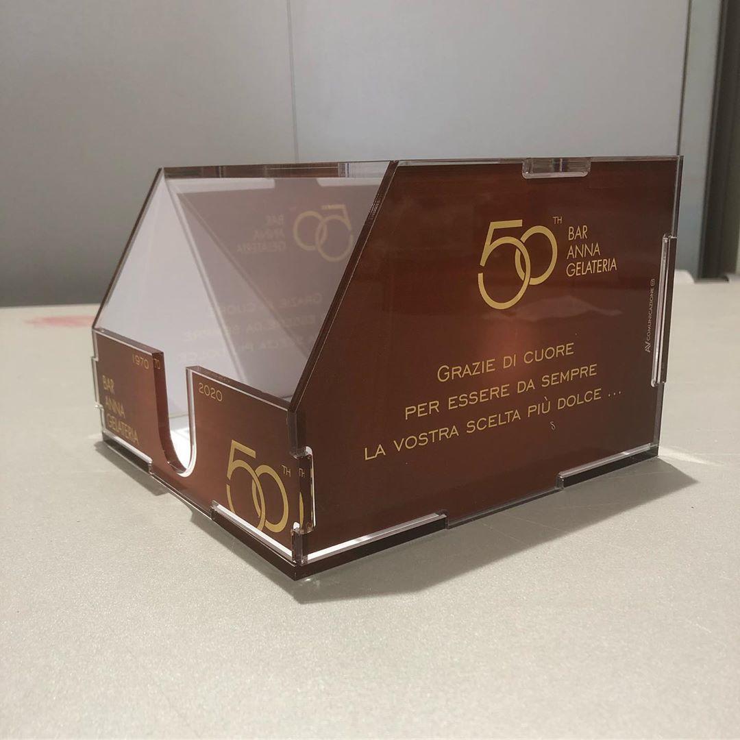 Box porta tovaglioli in plexyglass completamente personalizzato @barannapontecagnano