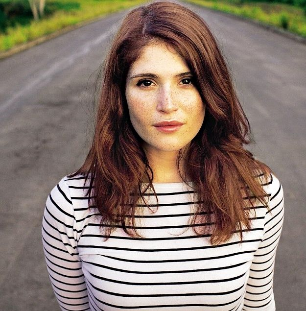 #GemmaArterton and her freckles. It's disappointing when women cover up their beautiful freckles. I love freckles.