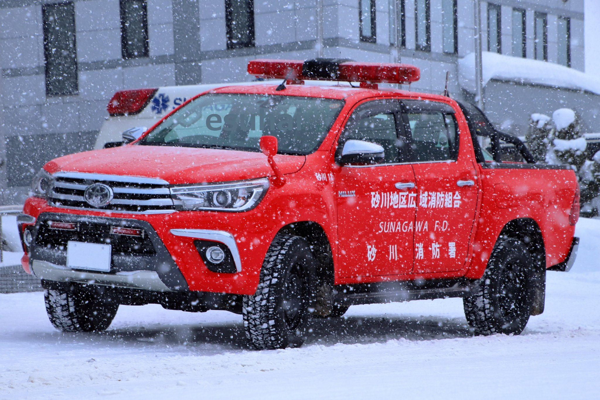 エスハイ On Twitter In 2021 Emergency Vehicles Fire Trucks Toyota Hilux