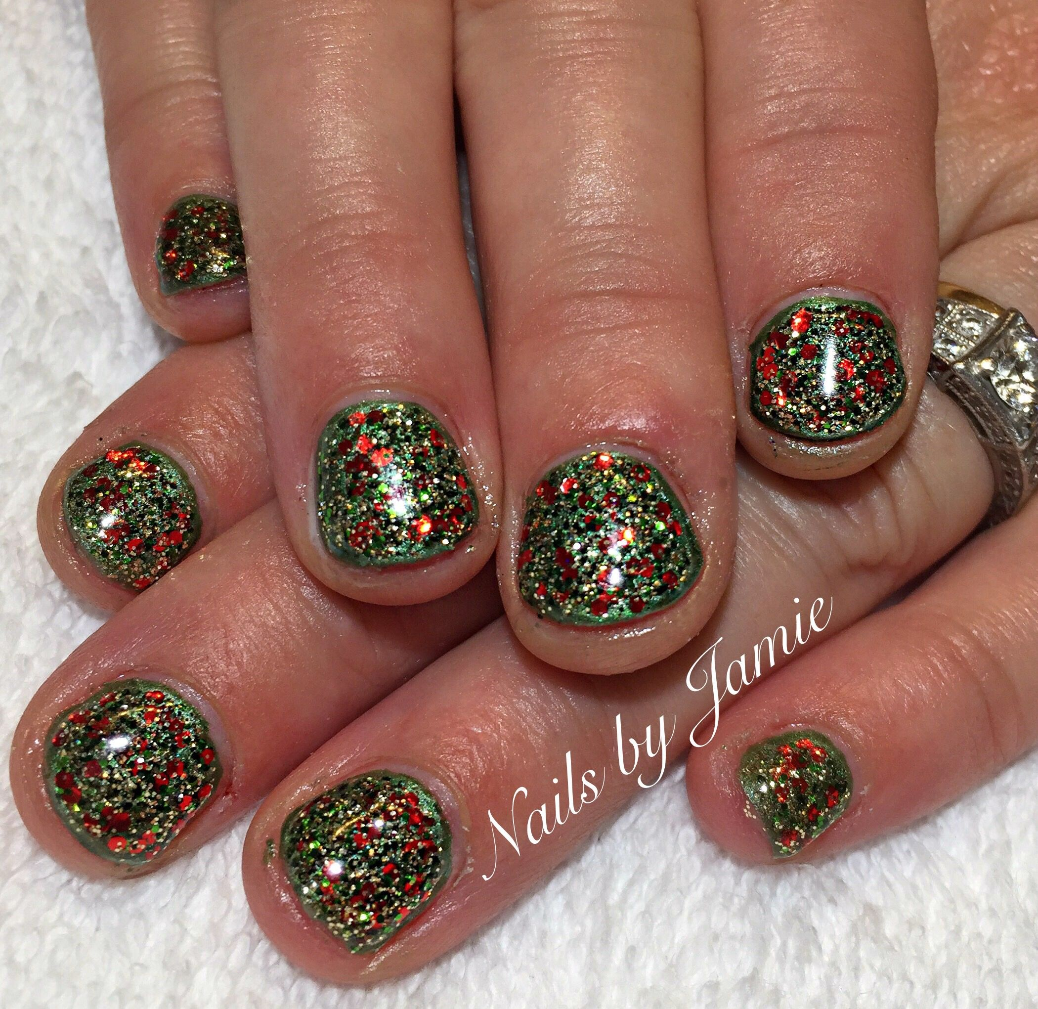 Christmas Nails by Jamie Duffield Eugene, Oregon To book an appointment call (541) 556-8337 or go to www.styleseat.com/jamieduffield