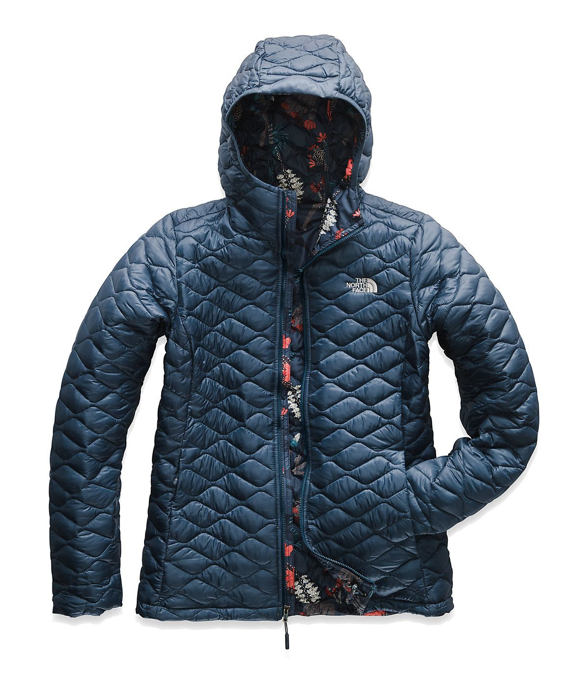 358e5130b The North Face Women's Thermoball Hoodie in 2019   Products ...