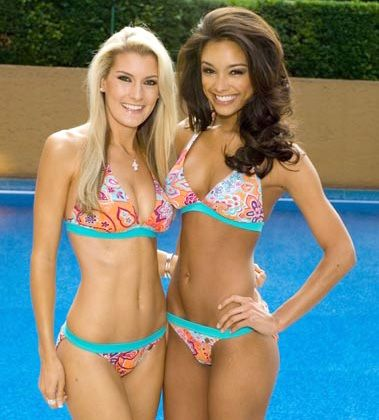 ef530b70285 Megan Coleman Miss South Africa and Rachel Smith Miss USA Miss Universe  2007 group swimsuit girls