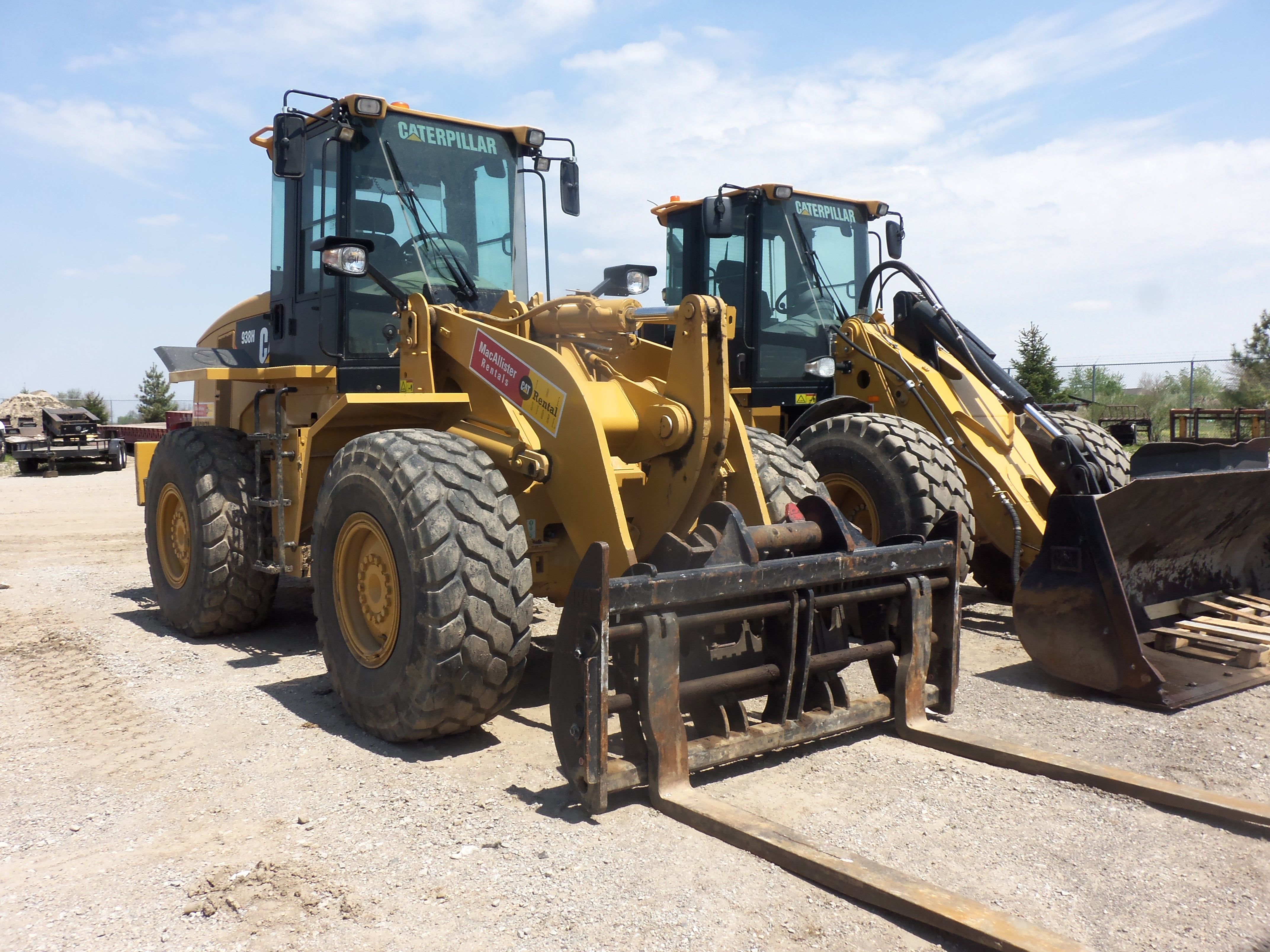 Caterpillar 838h Wheel Loader With Forks On The Front The