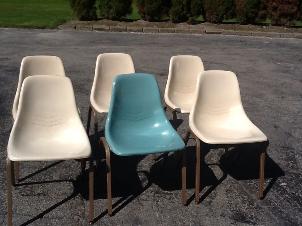 Lot Of 6   Vintage Mid Century Modern Eames Howell Fiberglass Chairs   Good