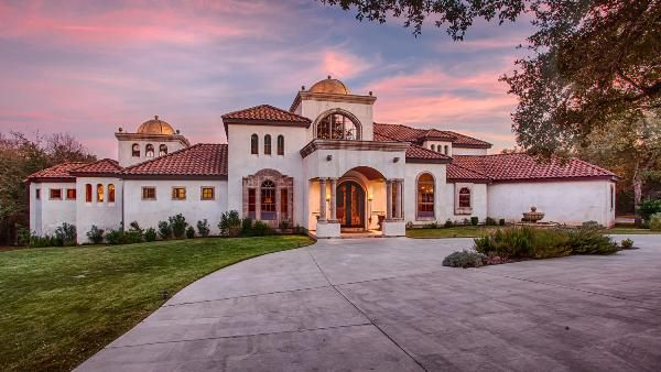 New Braunfels Real Estate   Featured Property   351 Mariposa Loop New  Braunfels, TX 78132 Nestled On Two Wooded Acres In A Private, Gated River  Front ... Nice Design